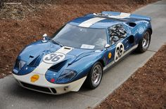 Photographs of the 1965 Ford Coupe. An image gallery of the 1965 Ford New Sports Cars, Sports Car Racing, Sport Cars, Auto Racing, Motor Sport, Drag Racing, Ford Gt40 1966, 1964 Ford, Le Mans