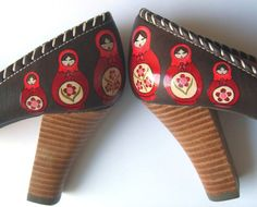 Matryoshka shoes!!!!!! Come on! I'm dying here. Must find way to obtain these babies!!!