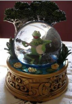 Disney Kermit the Frog 50th Anniversary Snow-globe!!!!!!!!!