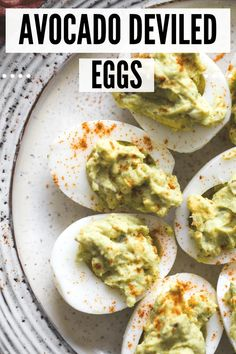Easy Avocado Deviled Eggs Crack into these Easy Avocado Deviled Eggs from Kroll's Korner for an appetizer full of healthy fats, B vitamins, vitamin A and tons of flavor! Appetizers For A Crowd, Yummy Appetizers, Appetizer Recipes, Appetizer Ideas, Brunch Recipes, Avocado Deviled Eggs, Deviled Eggs Recipe, Healthy Fats, Healthy Recipes