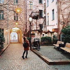 saintjoan: around the world in 80 cities: berlin germany Nice thank you