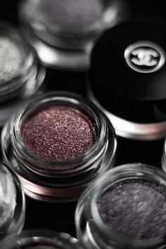 Gorgeous Illusion D'Ombre long-wearing luminous eyeshadow from Chanel