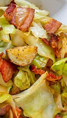 Cabbage with Bacon and Roasted Potatoes Cabbage with Bacon and Roasted Potatoes ~ Shake things up a bit… Add some pretty little red potatoes and some awesome thick cut applewood smoked bacon, It's fantastic! Side Dish Recipes, Vegetable Recipes, Veggie Food, Recipes Dinner, Breakfast Recipes, Dessert Recipes, Food Dishes, Main Dishes, Cabbage And Bacon