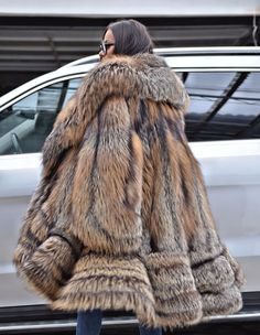 GOLD CROSS ROYAL SAGA FOX FUR. FANTASTIC SWINGER FUR COAT. TOP QUALITY AND CLASS - MADE FROM ROYAL SAGA MINK SKINS. GOLD CROSS FOX ! IS ONE OF THIS FUR THAT WE DO NOT HAVE TO RECOMMEND. All skins used in our fur coats are Farm Raised.   eBay!