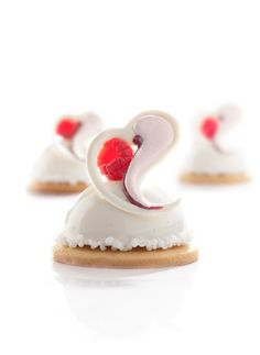 Sweet heart (http://www.dobla.com/product/619/sweet_heart.html)