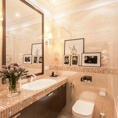 Столешница из мозаики ✨ в ванной способна создать особую атмосферу. Выполняется мозаика из керамической плитки или кусочков зеркала. Мы уверены, уникальная мозаика станет центром ванной комнаты. Ассортимент: http://santehnika-tut.ru/mozaika/ #санузел #плитка #сантехника