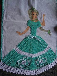 . Hand Embroidery Stitches, Crochet Accessories, Crochet Crafts, Cinderella, Disney Princess, Bento, Disney Characters, Facebook, Crochet Ornaments