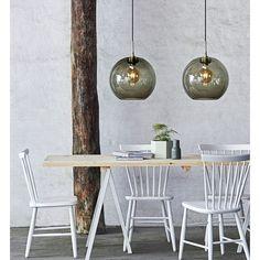 Velvet Point Store - order modern home accessories for vintage furniture Pendant Lamp, Pendant Lighting, Retro Lampe, Bright Homes, Ball Lights, Diy Curtains, Curtain Designs, Home Decor Kitchen, Lamp Design