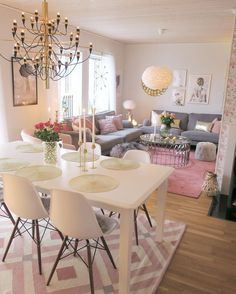 If You Read Nothing Else Today, Read This Report On Shabby Chic Dining Room 71 - Shabby Chic Dining Room, Chic Living Room, Living Room Colors, Home Living Room, Apartment Living, Living Room Designs, Living Spaces, Chic Apartment Decor, Living Room And Dining Room Together