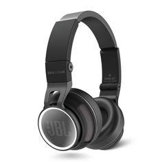 JBL Synchros S400BT refurbished Black-EMEA  De draagbare revolutie wordt gesynchroniseerd. Je kunt niet op de pauzeknop drukken tijdens een pro-audiorevolutie zeker niet als de technici van JBL de besturingsknoppen bedienen. Maak kennis met de nieuwe JBL S400BT. Als laatste nieuwe toevoeging aan de JBL Synchros-lijn van top hoofdtelefoons  voegt de bekroonde S400BT de draadloze vrijheid van Bluetooth 3.0 toe aan de prestaties van een Synchros-hoofdtelefoon. Via het gebruik van geavanceerde…