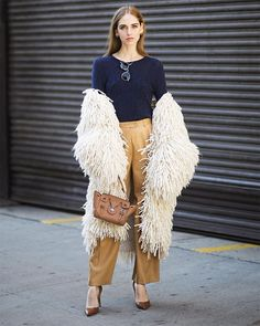 4b66d1b7f45 Wrapping Up NYFW With 18 Blogger Snapshots (Bloglovin  Fashion)