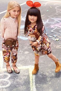 love these two lil trendy tots!