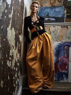 karlina caune by tomás de la fuente for telva november 2015 | visual optimism; fashion editorials, shows, campaigns & more!