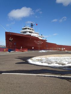 Lee A.Tregurtha ( Three football fields long ) The largest ship on the Great Lakes.