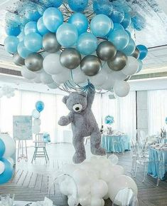 Shower Favors And Prizes Baby shower centerpiece idea - balloons and girant floating bear - so cute!Baby shower centerpiece idea - balloons and girant floating bear - so cute! Deco Baby Shower, Baby Shower Balloons, Shower Party, Baby Shower Parties, Baby Boy Balloons, Baby Shower For Boys, Boy Baby Showers, Cloud Baby Shower Theme, Unisex Baby Shower