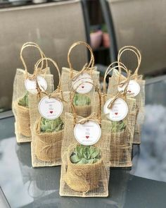 38 Simple Wedding Decorations For Your Delicate Wedding wedding, wedding decoration, wedding table wedding favors 38 Simple Wedding Decorations For Your Delicate Wedding - HomeLoveIn Wedding Gifts For Guests, Beach Wedding Favors, Wedding Favors For Guests, Unique Wedding Favors, Our Wedding, Wedding Ideas, Wedding Table, Handmade Wedding, Personalized Wedding