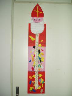Aftelkalender voor Sinterklaas. Elke dag kunnen de kinderen een stukje afknippen en zo zien ze 5 december langzaam dichterbij komen.