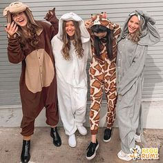 Kigurumi Co Spice up your wardrobe with your favourite characters Best Friend Halloween Costumes, Halloween Costumes For Teens Girls, Animal Halloween Costumes, Halloween Onesie, Trendy Halloween, Cute Costumes, Halloween Outfits, Girl Costumes, Costumes Kids