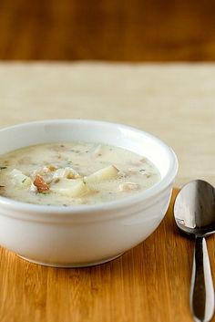 New England Clam Chowder  cook 4 slices bacon, 1 lg onion, 2 T flour, juice from 4 cans of clams, 8 oz bottle claim juice, 1 c water, 1-1/2 # red potatoes, bay leaf, 1/4 t thyme, simmer until done,  Add 1 c heavy cream, 2 T parsley  s and p to taste, and clams.  Serve