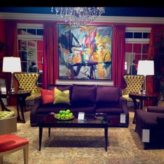 Drawn to the purple - Council color at Highpoint! #HPMKT