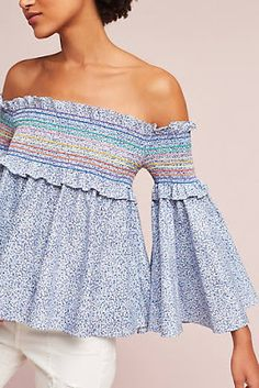 Summer 2017 new arrivals at Anthropologie, Free People, Urban Outfitters i like this style with the bell arms Spring Summer Fashion, Spring Outfits, Vestidos Sport, Anthropologie Clothing, Bohemian Mode, Boho Fashion, Womens Fashion, Stylish Tops, Mode Inspiration