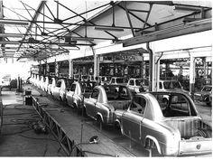 Modern Vespa : Factory Photos ~Picture Thread~ Vespa 400, Grand Prix, Street View, Cars, Style, Carport Garage, Motorbikes, Modern, Swag