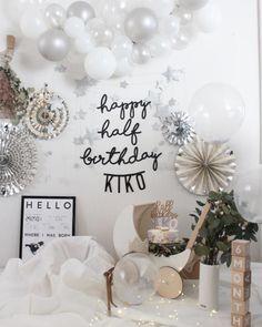 Simple Birthday Decorations, Balloon Decorations, Birthday Party Decorations, Happy Half Birthday, Baby Birthday, 1st Birthday Photoshoot, Baby Event, Birthday Letters, Sesame Street Birthday