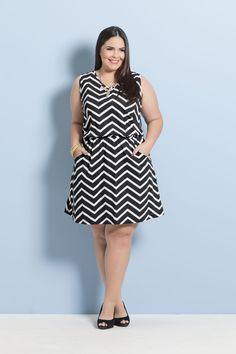 9aeac10a8 Vestido Estampa Zig Zag com Bolsos Plus Size - Marguerite