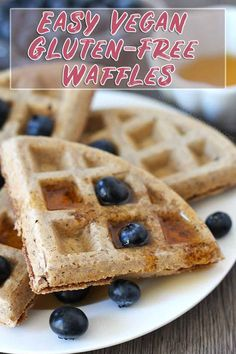 This is the easiest and most delicious vegan gluten free waffle recipe you can make! These egg-free waffles are crispy on the outside, soft and fluffy on the inside.just the way all waffles should be! Low Carb Vegan Breakfast, Vegan Breakfast Recipes, Vegan Desserts, Dessert Recipes, Breakfast Ideas, Vegan Treats, Dairy Free Recipes, Vegan Recipes Easy, Vegan Gluten Free