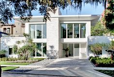 In Orlando, FL, this year's 2012 New American Home has been unveiled. It's on my list of homes to see this year.