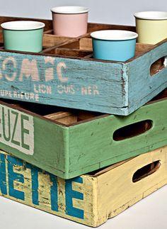 caixotes viram bandejas vintage