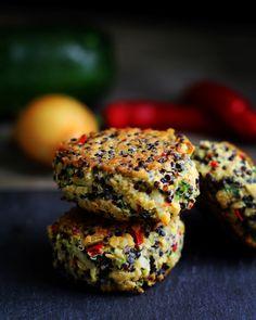 Nutrition For Weight Loss Greek Recipes, Veggie Recipes, Vegetarian Recipes, Healthy Recipes, Healthy Food, Homemade Recipe Books, Veggie Patties, Vegetarian Italian, Food Crush