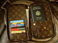 Rare LOUIS VUITTON Zip Passport Agenda Cover Portfolio Organizer de Voyage SHARP #LouisVuitton #AgendaCoverCreditCardWallet