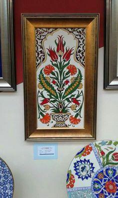 HUZUR SOKAĞI (Yaşamaya Değer Hobiler) Madhubani Art, Madhubani Painting, Painting Ceramic Tiles, Tile Art, Islamic Tiles, Islamic Art, Painting Studio, Mural Painting, Arabesque
