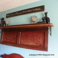 old piano remnants made into an art piece above the bed, repurposing upcycling, shelving ideas, I made the sign too It needed a special saying above it Piano Desk, Piano Art, Piano Table, Small Space Interior Design, Interior Design Living Room, Piano Crafts, Pump Organ, Old Pianos, Upright Piano