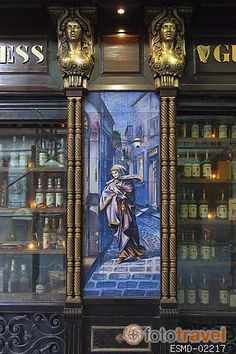 Fachada taberna La Fontana de Oro. Calle de la Victoria. Zona de Huertas. Madrid  Spain Madrid Espana, Foto Madrid, Boutiques, World, Travel, Shops, Gastronomia, Tiles, Facades