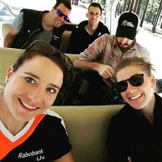 Travelling in style with - Marianne Vos Marianne Vos, California Living, Travel Style, Wayfarer, Travelling, Ray Bans, Mens Sunglasses, Fashion, Moda