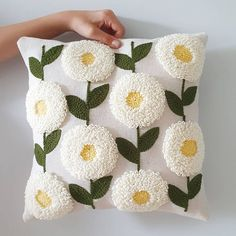 Cushion Embroidery, Diy Embroidery Patterns, Embroidered Cushions, Arts And Crafts, Diy Crafts, Punch Needle, Pillow Design, Home Textile, Lana