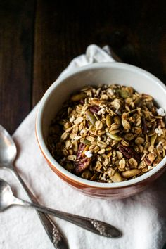 Whole Grain Sorghum Pecan Granola: easy to make, gluten-free and vegan. saltedplains.com