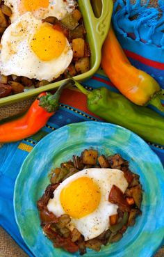 August 12 - Hatch Chile Potato Hash and Eggs With Chipotle Roasted Tomatoes. I would hold the eggs. Egg Recipes, Mexican Food Recipes, Cooking Recipes, Recipies, Vegetarian Recipes Easy, Healthy Breakfast Recipes, Chipotle Recipes, Chile, Breakfast Hash