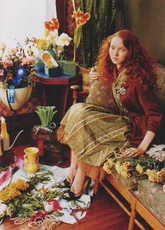 ❈ Fleurs Foncées ❈ dark art photography flowers & botanical prints - Lily Cole