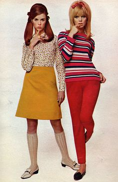 60s girl fashion . From seventeen magazine 1967 (Simonsretro) I had a shirt and skirt with knee highs almost like this!