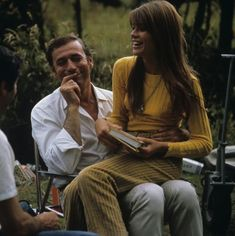 Francoise Hardy with Yves Montand on the Set of Grand Prix, 1966  (Good for summer core? Nice couple vibe.)