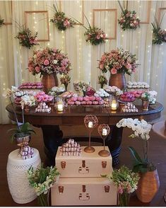 Rustic succulent wedding 38 new Ideas Succulent Wedding Favors, Succulent Centerpieces, Succulent Bouquet, Birthday Decorations, Wedding Decorations, Table Decorations, Bridal Shower, Baby Shower, Desert Table