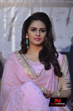 Huma Qureshi at 'Dedh Ishqiya' Music Launch