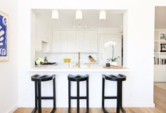 Orcondo: Living and Dining Room