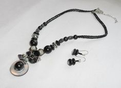 Black_Wooden_and_Lucite_Necklace_and_Earring_Set