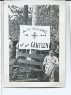 1940s-WWII-AMERICAN-RED-CROSS-GILI-CANTEEN-N-G-NEW-GUINEA-2-1-2x3-1-2-PHOTO