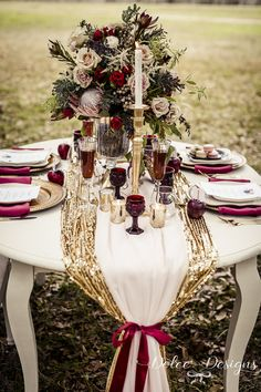 Marsala table styling - Marsala centrepiece - marsala wedding inspiration | Dolce Designs