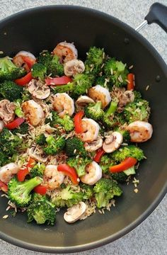 A SIMPLE idea for Dinner this week! {We could call this 'Urban Shrimp & Broccoli'…I'm in NYC for the week & just shot this from the balcony YAY for Eating Clean while on Vacation!} Makes 4 servings I